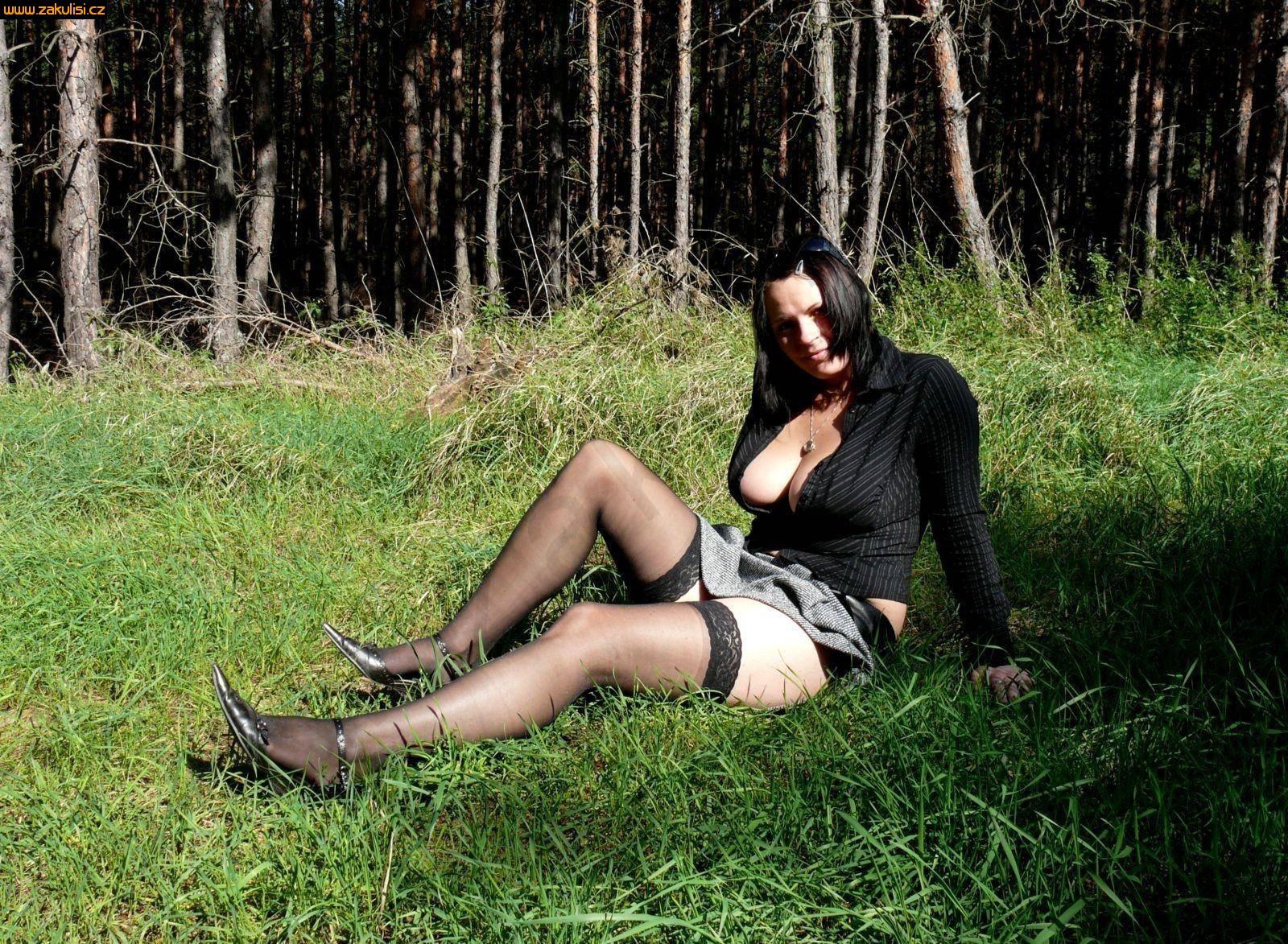 Фото женщин в чулках бальзаковского возраста 22 фотография