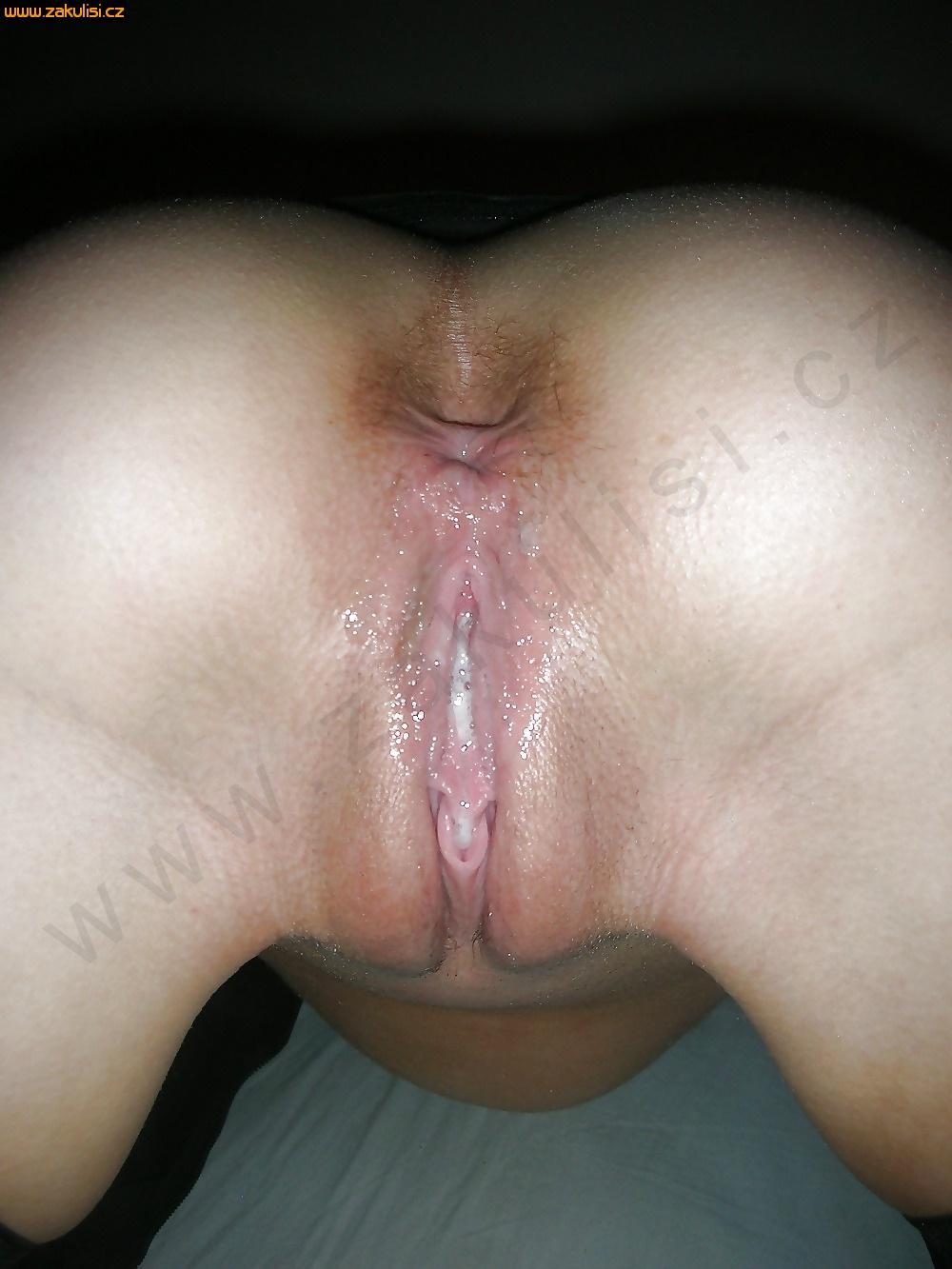 Фото мокрой пизды в сперме 4 фотография