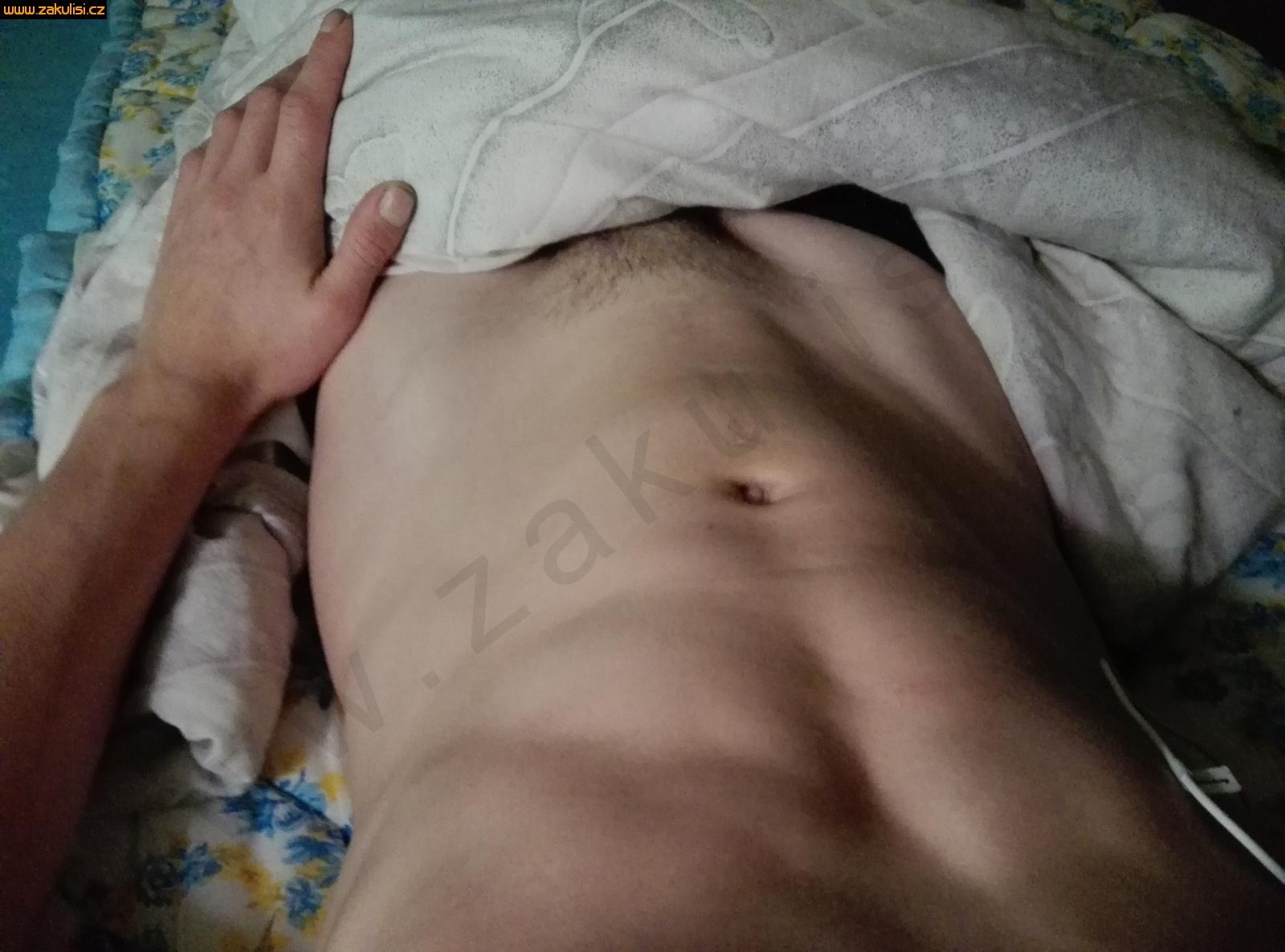 zákulisi brutalni sex